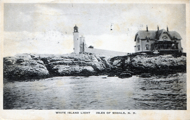 A turn of the century view of the Isles of Shoals Lighthouse with the 1878 Keepers dwelling