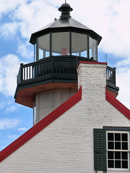 The lantern displayed a light 48 feet above sea level and was equipped with a Sixth Order Fresnel lens.
