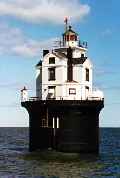 14 Foot Bank Light002