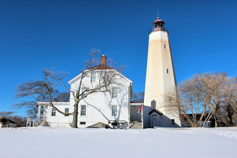 In 1996, the ownership of the lighthouse was transferred from the Coast Guard to the National Park Service.