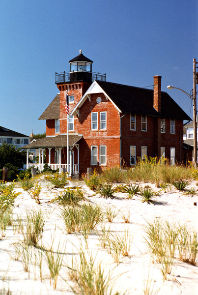 A second request for funds was made in 1888 which led to an appropriation of $20,000 for the Squan Inlet Light Station.  Construction was delayed as the Board ran into trouble obtaining title to the selected building site.  Five years later a new site was selected in Sea Girt one mile north of the original site, but once again the Board ran into trouble obtaining clear title to the land.
