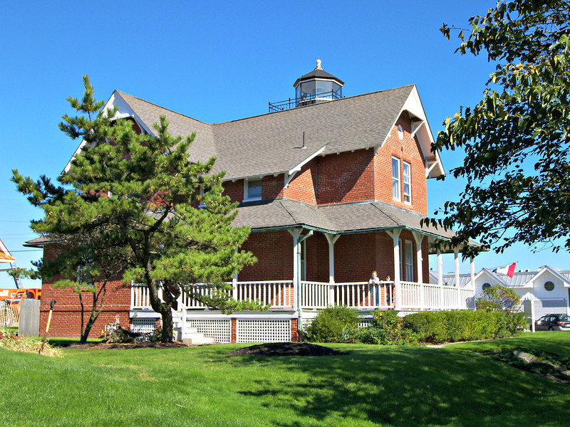 In 1920 a telephone was installed in the lighthouse.  Also in 1920 Sea Girt Light became the first land based station to be equipped with a radio beacon tower.  Ships would triangulate the signal with the signals on the Ambrose and Fire Island Lightships to fix their position.  Based on the success of the project, the technology was rolled out to locations across the country.  In 1924 the lighthouse was electrified and a 300 watt bulb replaced the old IOV lamps in the lantern increasing the candlepower from 11,000 to 100,000.  The 1920's were a time of big changes in Sea Girt as it was developing into a tourist destination. A beach pavilion was built across the street from the lighthouse and the boardwalk was installed.
