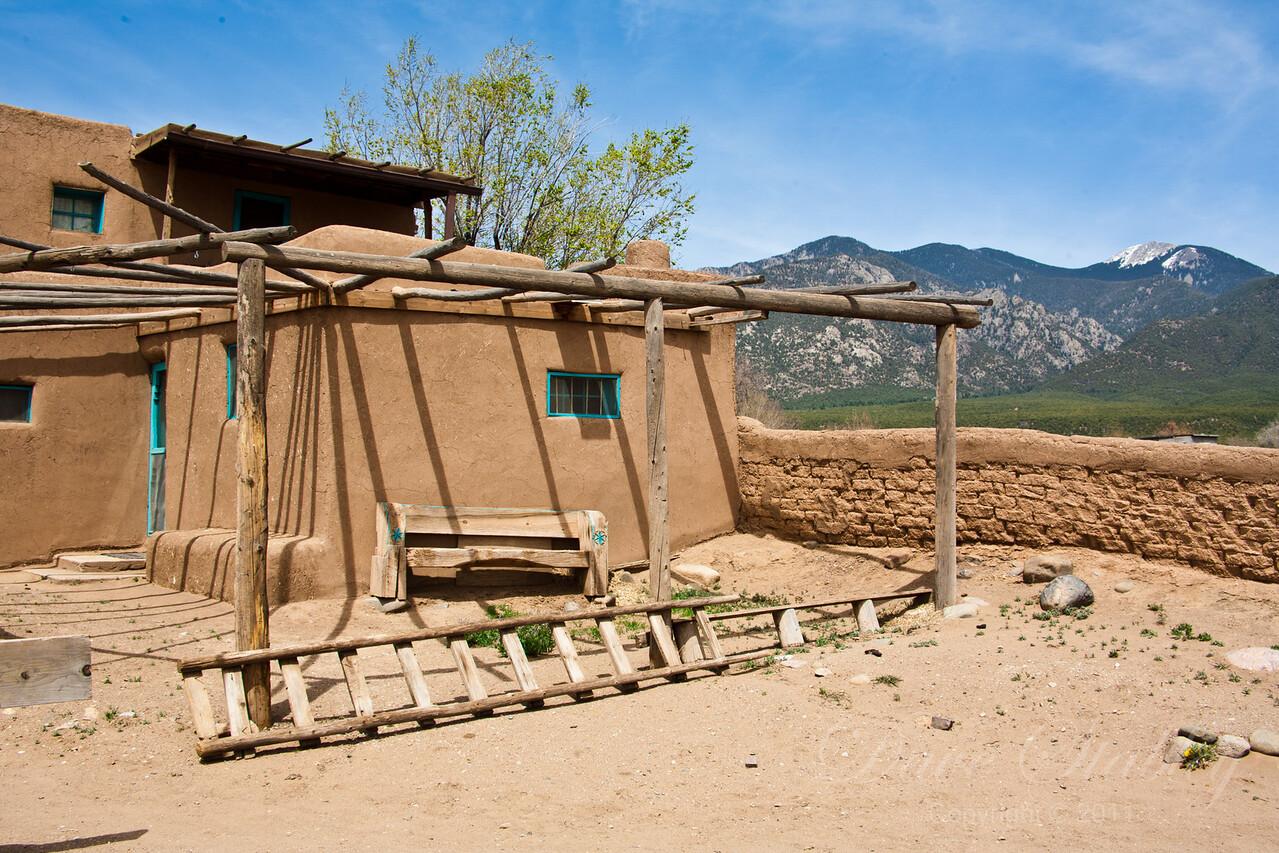 TaosPueblo11-7208