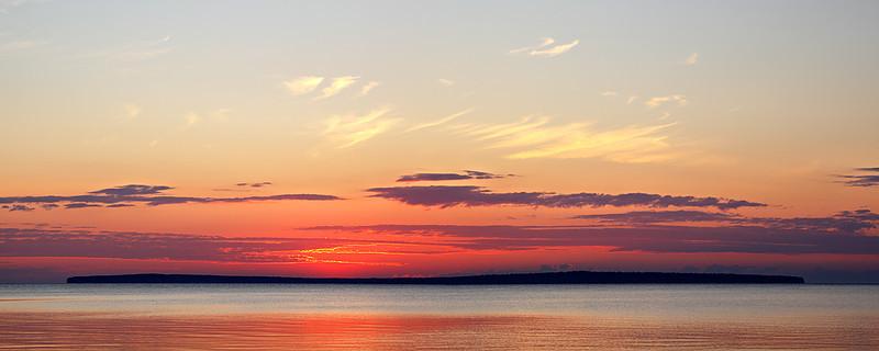 Awaiting - Madeline Island (Apostle Islands National Lakeshore - Wisconsin)