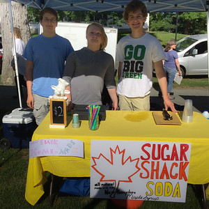 Andy, Maizy, and Sam start their maple-soda business at the Hanover Farmer's Market.
