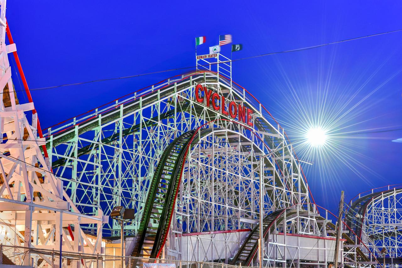 Cyclone Rollercoaster - New York City