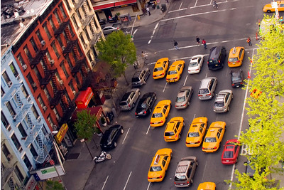 Taken from the gondola going to Roosevelt Island. Looking at 1st Ave and 61st street (Yorkville, Manhattan)