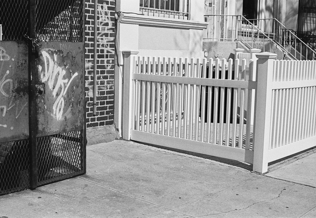 NYC, Brooklyn, March 2012, R2M Tri-X 800
