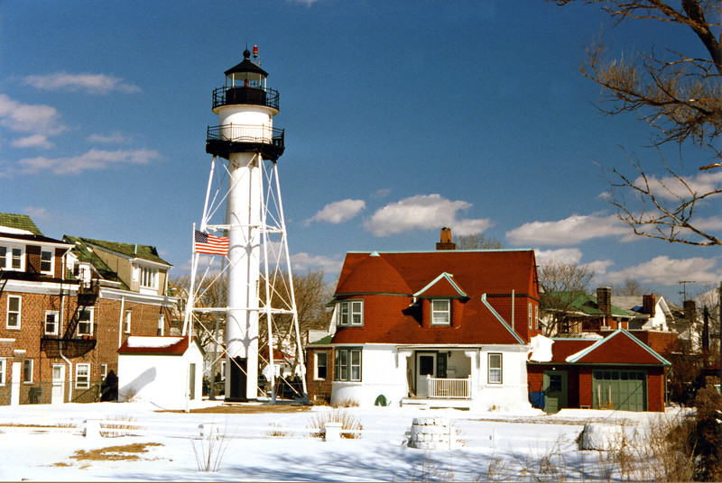 The Queen Anne style Keepers House was built from the same plans used for the dwelling at Gould Island Light in Rhode Island. It has two floors, the first floor built of brick and the second story of wood. It served as the home of several keepers and their families over the years.