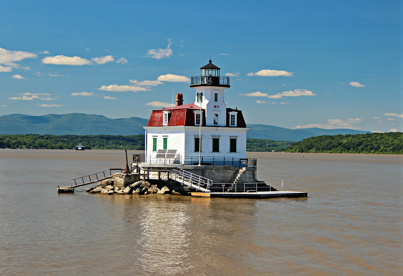 In March 1831 Congress appropriated $3,000 to build the Esopus Meadows Lighthouse, however the funds proved inadequate since a pier would be required for the foundation.  It was not until 1837 & 1838 that additional monies were allocated for the project.