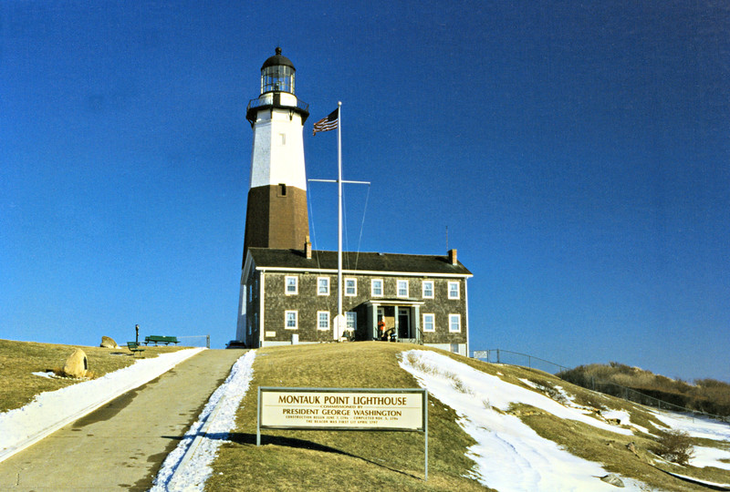 The sturdy lighthouse was built with blocks of sandstone using a 13 foot deep foundation, a 28 foot diameter at the base and was 80 feet tall. The light was completed on November 5, 1796. In spring of 1797 an oil-fed spider lamp was lit for the first time in the lantern by Keeper Jacob Hand. Also built at this time was a 2 story keeper's house.