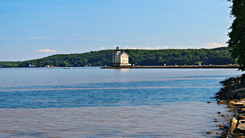 In 1856 George Murdock was appointed the Keeper of the Rondout Lighthouse.  He moved into the structure with his pregnant wife Catherine and two young children.
