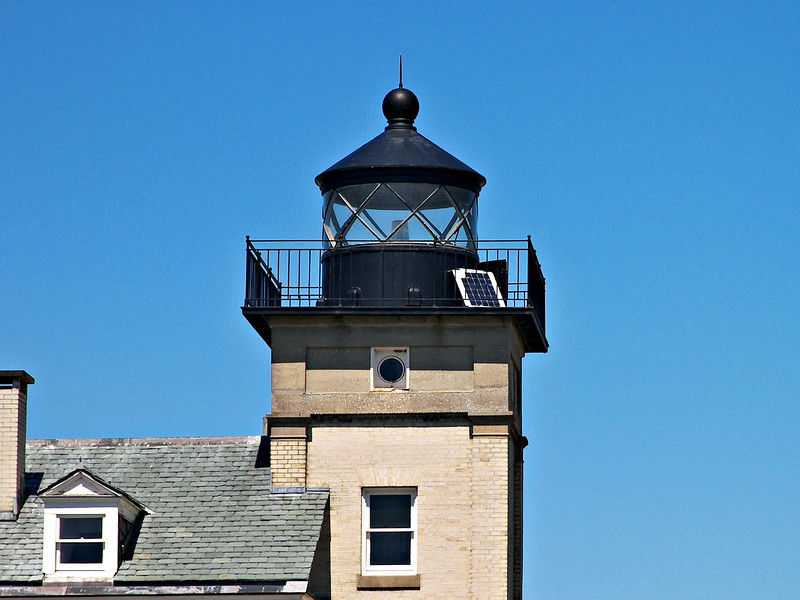 In 1946 the lighthouse was electrified signaling the beginning of the end for lighthouse keepers at Rondout.  The light was boarded up and automated in 1954 and a 'lamplighter' was hired by the Coast Guard to monitor the light from the shore.