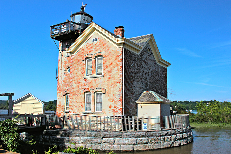 In 1914 an oil house was added on the north side of the lighthouse to store kerosene and other flammable supplies.