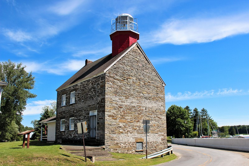 The light was sold to a private individual in 1895. Over the years he developed the light station into a hotel complex. The Selkirk Lighthouse Hotel hosted vacationers and fishermen for many years.