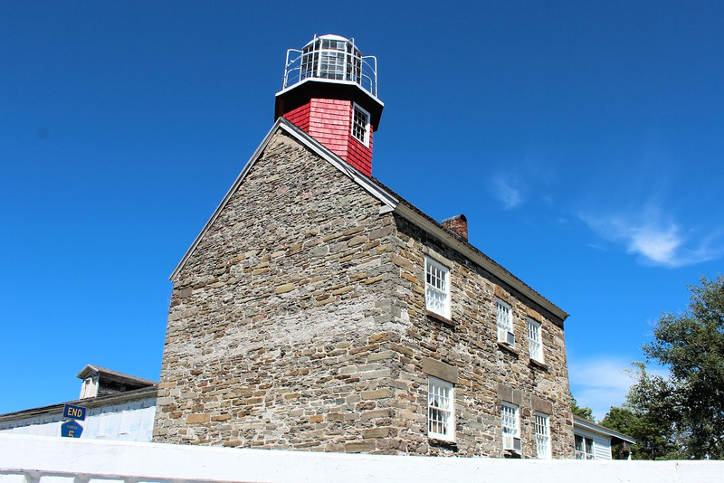 The light was relit with a 190mm lens in 1989 as a private aid to navigation. It continues to be rented out for weddings, reunions and overnight stays by lighthouse aficionados.