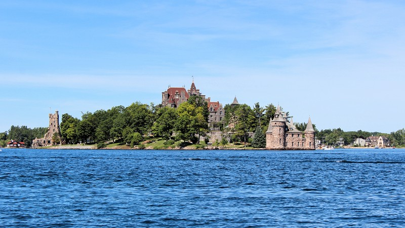 **Nearby Boldt Castle** The light at the Sunken Rock Lighthouse was changed from red to green in 1931.  In 1934 the light was electrified, increasing its power and range.  Due to poor health, in 1937 Keeper Walts resigned as the Keeper of the light.