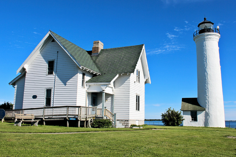 Over the years, the 1827 Keepers dwelling continued to deteriorate and reconstruction was requested in 1868, 1877 and 1879.  Finally in 1881 a new two story frame dwelling was erected to replace the old building described as a 'complete wreck'.