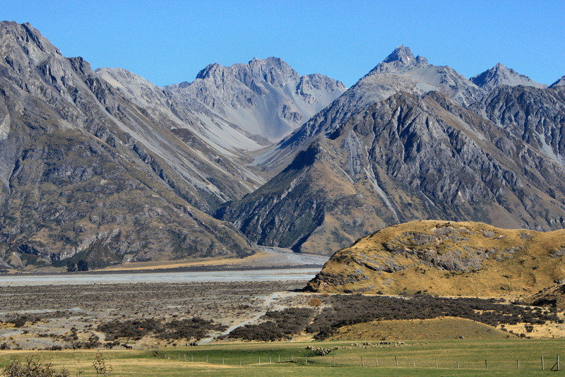 In New Zealand's Rangitata Valley lies, next to the Lord of the Rings location of Edoras, the iconic Helms Deep. Here we see the mountain that Aragorn rode in on as he spotted Helms Deep in The Two Towers.