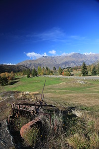 Arrowtown_18TractorVert_2874