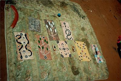 Alice Springs: Dreamtime and Bushtucker Tour - Aboriginal art