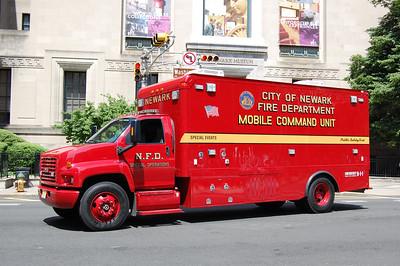 Newark Mobile Command 2006 GMC Photo by Chris Tompkins