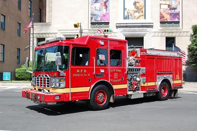 Newark Engine 15 2011 Ferarra 1500-750 Photo by Chris Tompkins