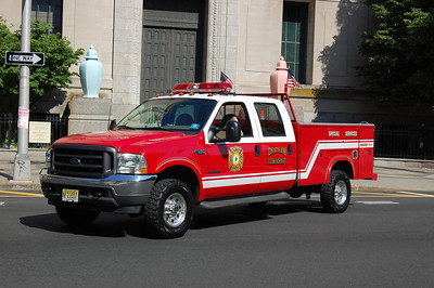 Chatham Special Services 2002 Ford F350-Reading Photo by Chris Tompkins