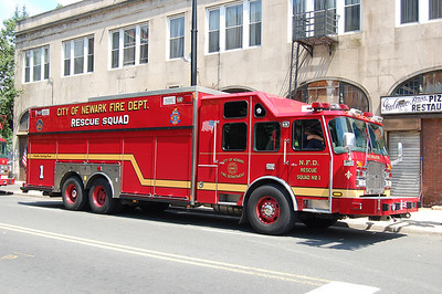 Newark Rescue 1 2009 EOne Photo by Chris Tompkins