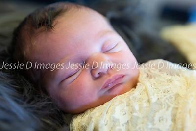Newborngirl-24