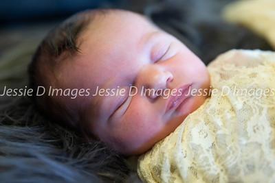 Newborngirl-23