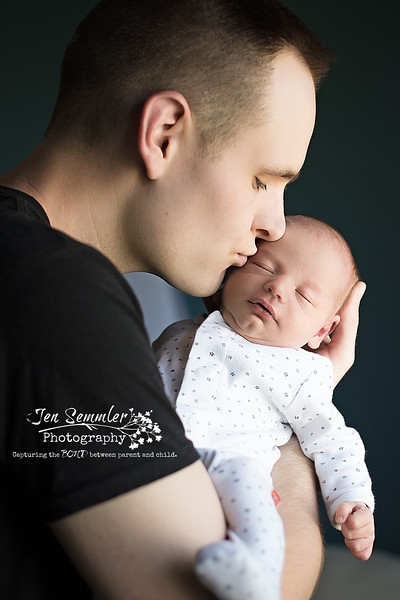 Daddy's Kiss - Newborn Photography