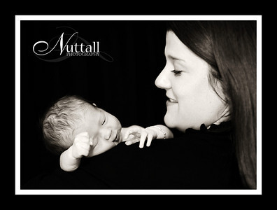 Adalynn Newborn 043bw