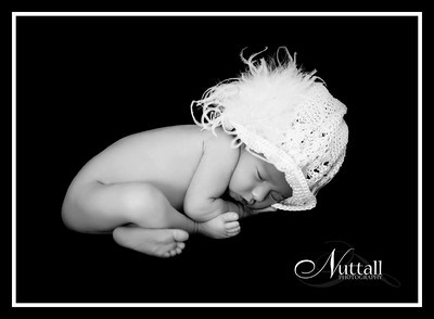 Addison Newborn 032-1bw