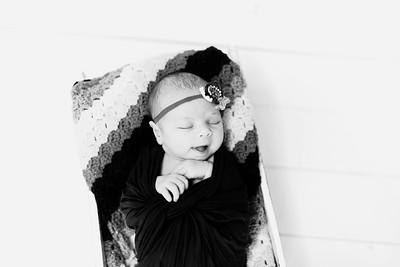 00230--©ADHPhotography2020--Alberts--Newborn--January24bw