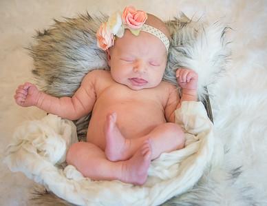 Azalyn, 16 days old