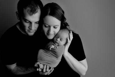 00011©ADHphotography2021--Bartels--Newborn--January28bw