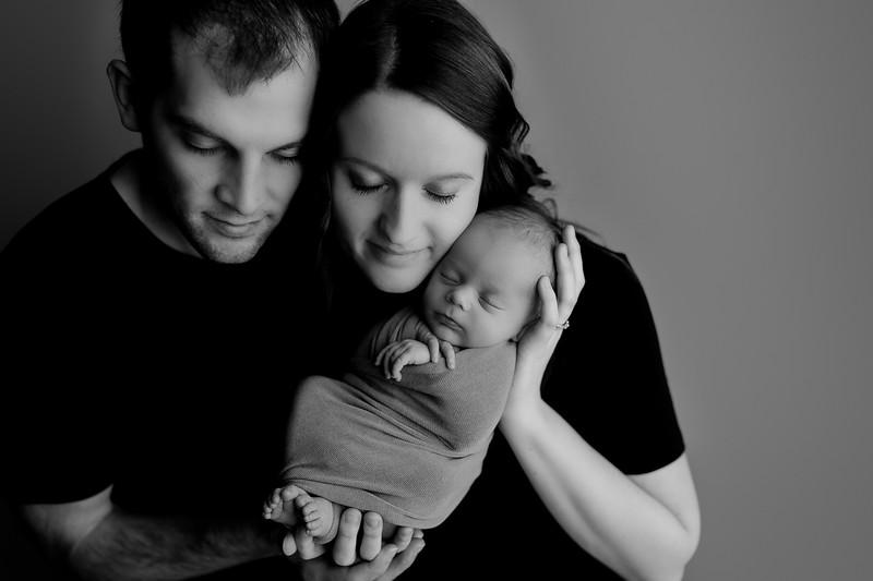 00010©ADHphotography2021--Bartels--Newborn--January28bw