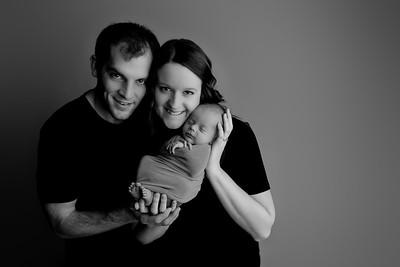 00004©ADHphotography2021--Bartels--Newborn--January28bw