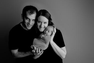 00003©ADHphotography2021--Bartels--Newborn--January28bw