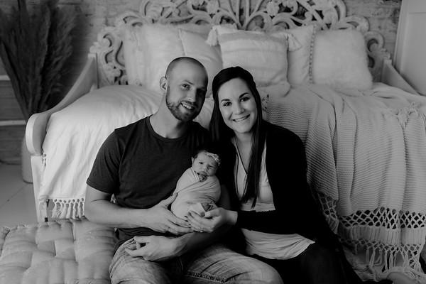 00066©ADHphotography2020--BlaineSchutz--Newborn--March2bw