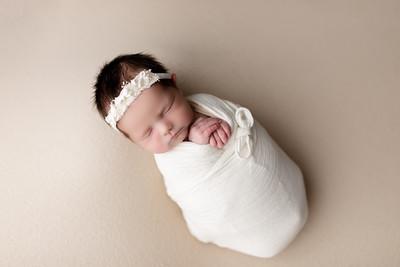 00022©ADHphotography2020--BlaineSchutz--Newborn--March2