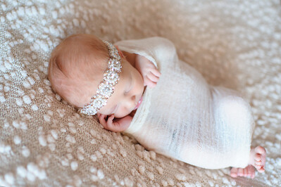 Charlie Jarvis Newborn ~ 3 9 14-22