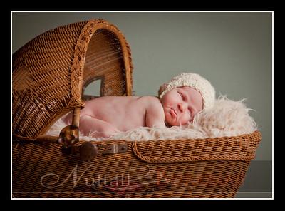 Clara Newborn 30