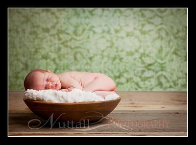 Clara Newborn 24
