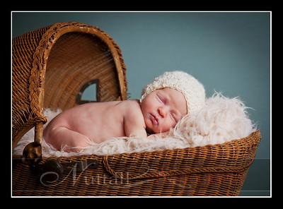 Clara Newborn 26