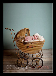 Clara Newborn 29