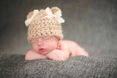 Clara~Newborn 029