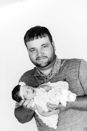 00008--©ADHPhotography2019--DELMADAY--Newborn--May30