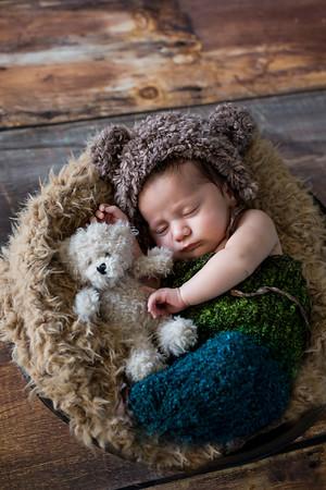 Elijah {newborn session}